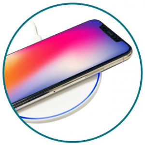 Qi対応ワイヤレス充電器 置くだけで簡単充電