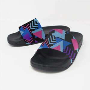 シャワーサンダル(フラットサンダル)|脱ぎ履きのしやすい形状