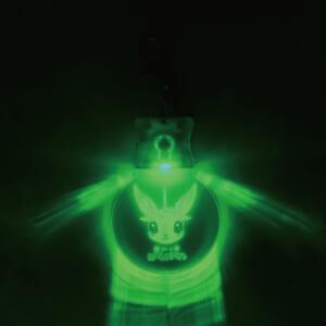 光るアクリルキーホルダー 点灯①